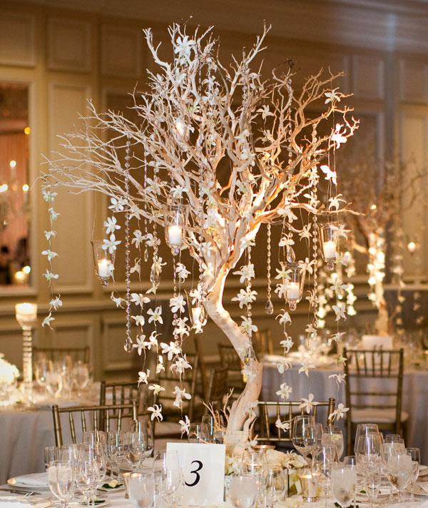 manzanita-centerpiece-winter wedding inspiration