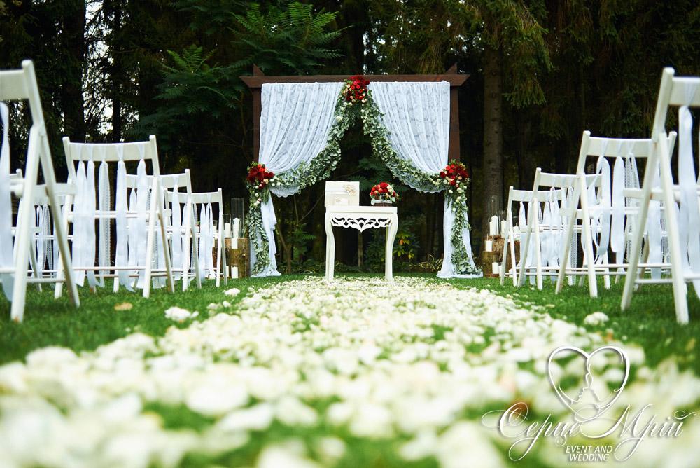 весілля у львові оформлення ресторан шервуд (10)