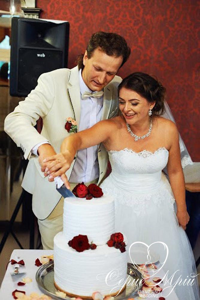 весілля у львові оформлення ресторан шервуд (8)