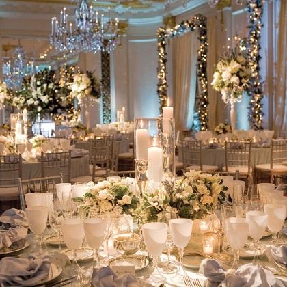 ідеї формлення столів гостей для весілля зимова казка
