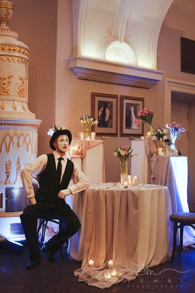 romantycjne-osvidchennija-lviv-organizacija-restoran-ratusha