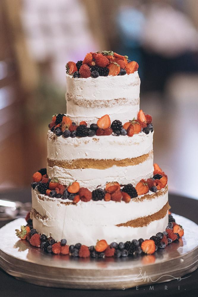 торт для весілля на природі Львів