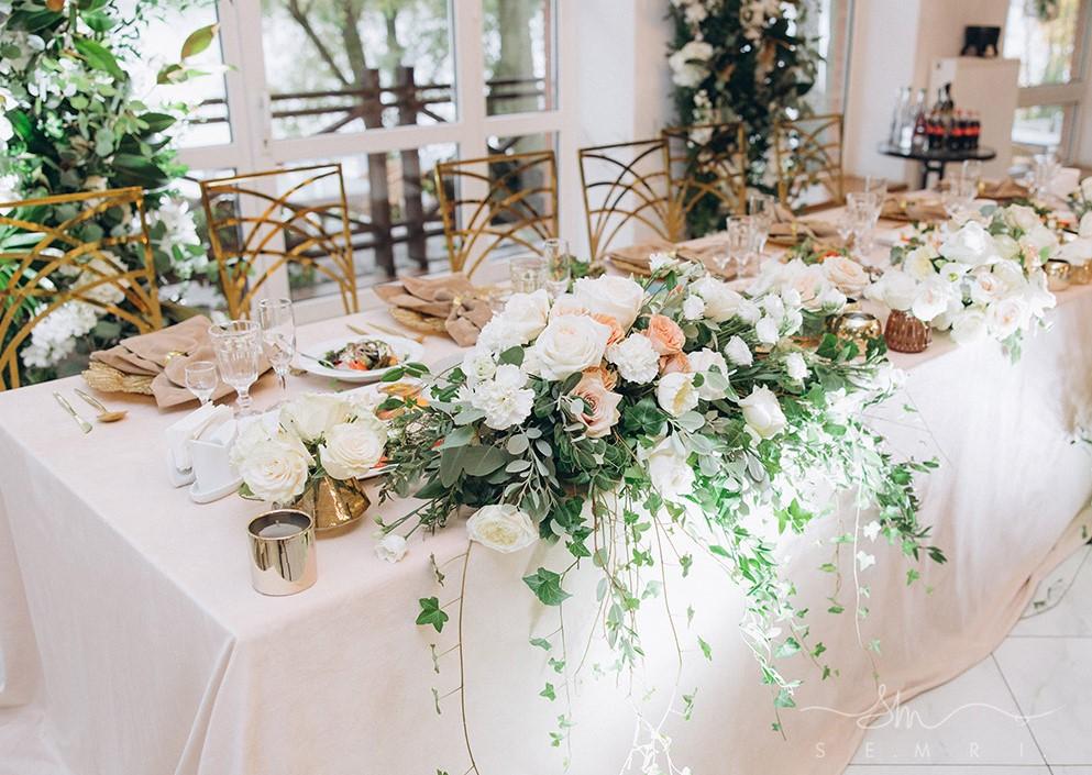 підготовка до весілля в ресторані біля Львова