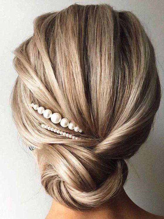 весільні прикраси на середнє волосся