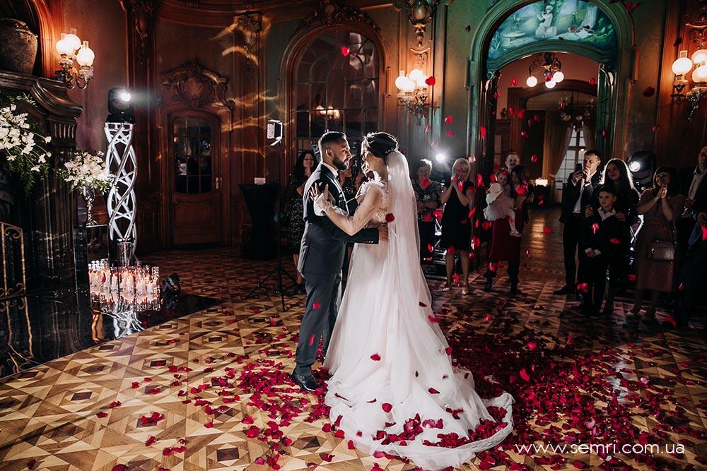 спецефекти для весільний танець у Львові