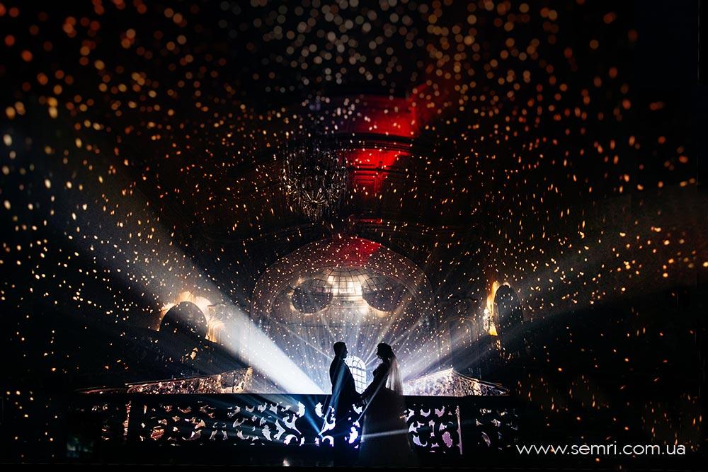 сучасне весілля зі спецефектами у Львові, Будинок Вчених