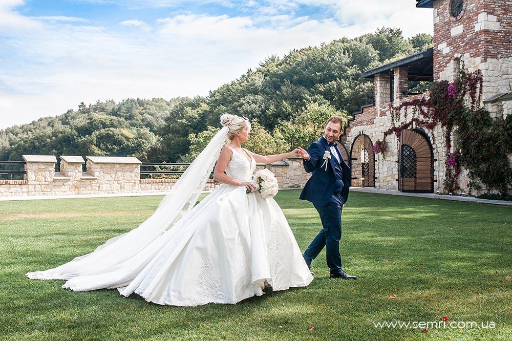 організація весілля у Львові, Kavalier Boutique